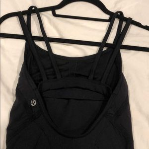 Black lululemon cross back tank top